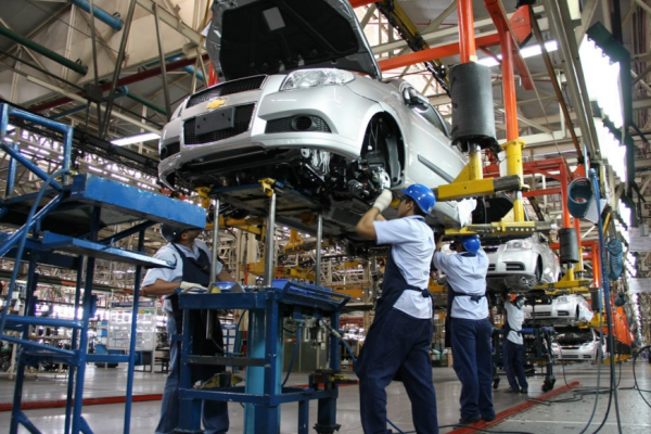 Armadoras automotrices de China interesadas en invertir en México: Dávila