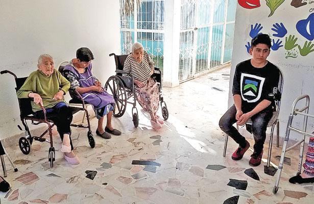 Casa Hogar brindatrato digno a adultosmayores: Lourdes Esquivel