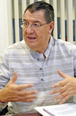 Reconstruir la industria petroquímica, eje central de Gonzalo Yáñez
