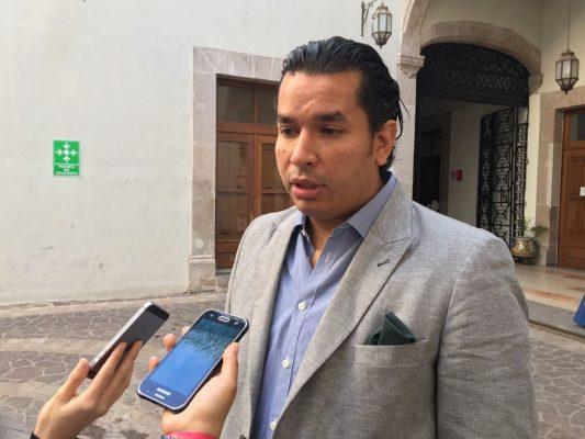 Campuzano se ha dedicadoa denostar a panistas: Sadek