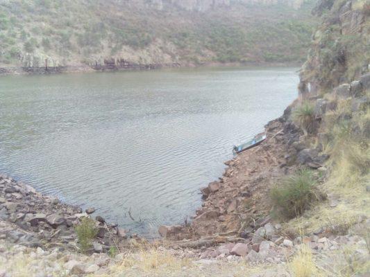 Vuelca lancha con 3 personas; todos mueren ahogados