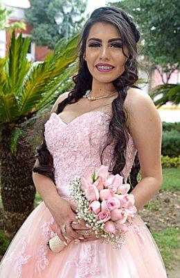 Carolina González, en sus XV años