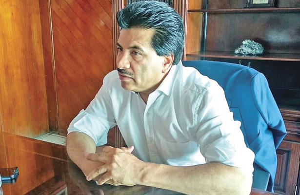 Cero presupuesto a los partidos, propone Enríquez