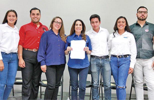 Representaré la voz de los jóvenes: Patricia Flores