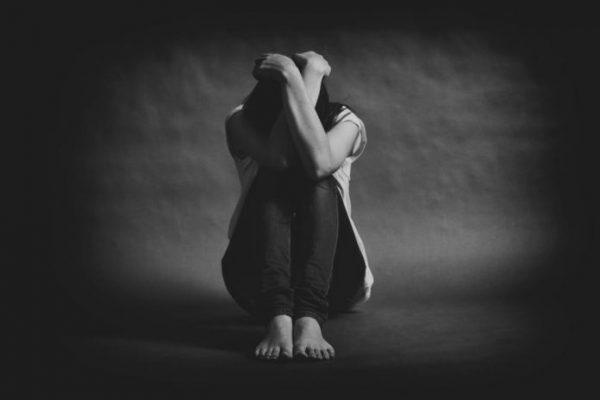 En pleno Día del Padre, jovencita se suicidó