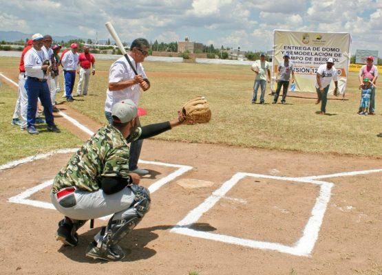 Entrega Ramos Zepeda domo en estadio de beisbol
