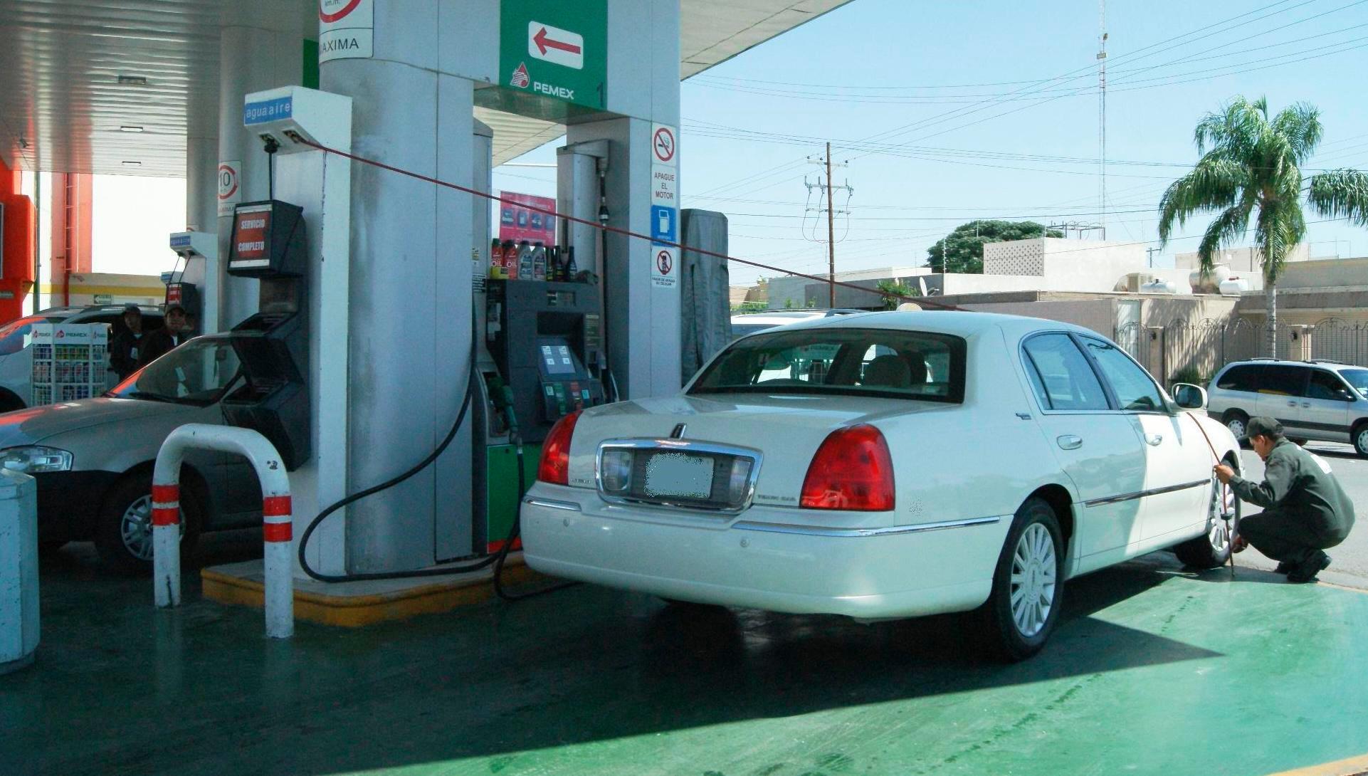 In Gómez, gasoline has risen 1.4% per liter