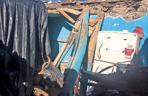 Basura acumulada ocasionó derrumbe del 90% de techos