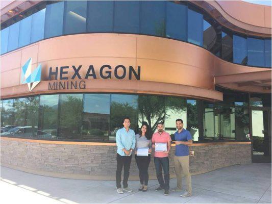 Firma convenio Hexagon Mining, con el ITSSP