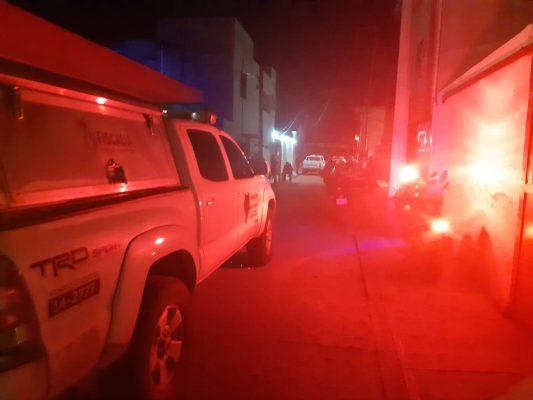 Mujer se suicida en elfraccionamiento Canelas
