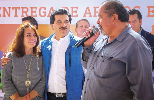 Apoya Municipio a productores rurales