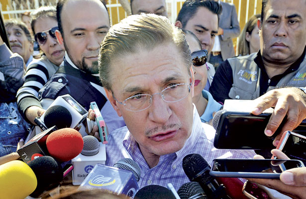 Planteará Aispuro trena Mazatlán a AMLO
