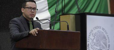 Rigoberto Quiñones Samaniego, diputado local.