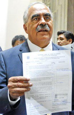 Se registra Rubén Solís parala Rectoría de la UJED