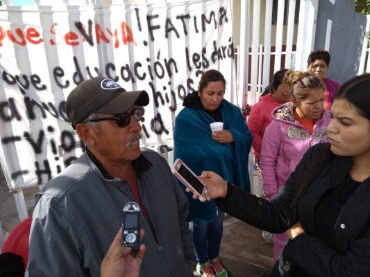 Destituyen a maestra de Pánuco de Coronado