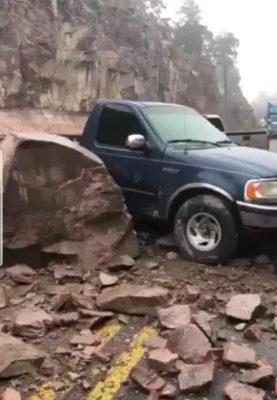 Alertan por derrumbe en la Supercarretera Durango – Mazatlán