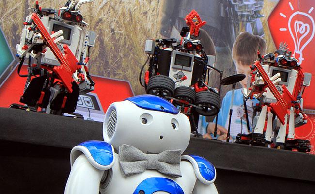 Sorprende en festival grupo de rock compuesto por ¿robots?