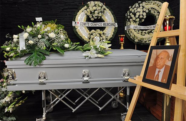 Amigos y familiares despiden a Héctor Lechuga
