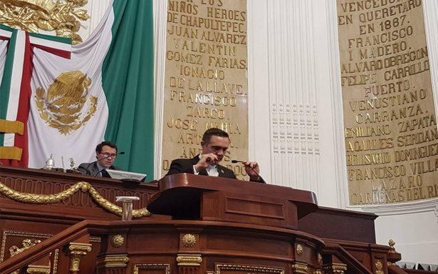 Tras crisis en la ALDF, asambleístas eligen nuevo presidente