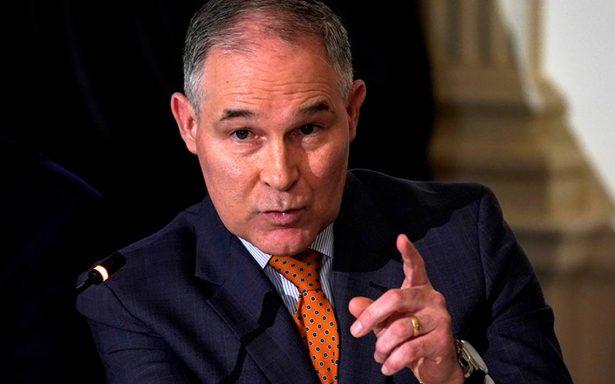 EPA relajará exigencias de control de emisiones en autos impulsadas por Obama
