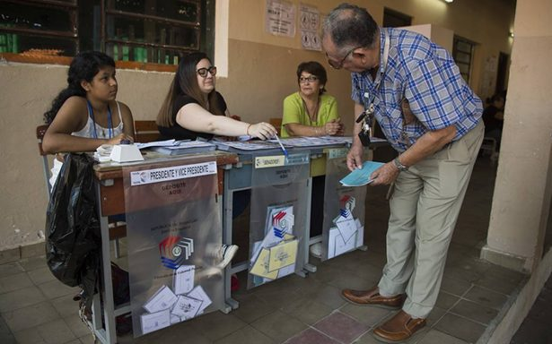 Mario Abdo encabeza con 46.8% de votos contienda presidencial de Paraguay