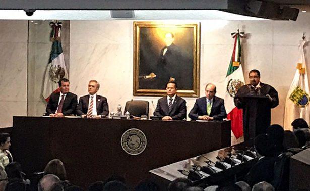 Recibe Álvaro Augusto Pérez un Tribunal Superior de Justicia sano y productivo