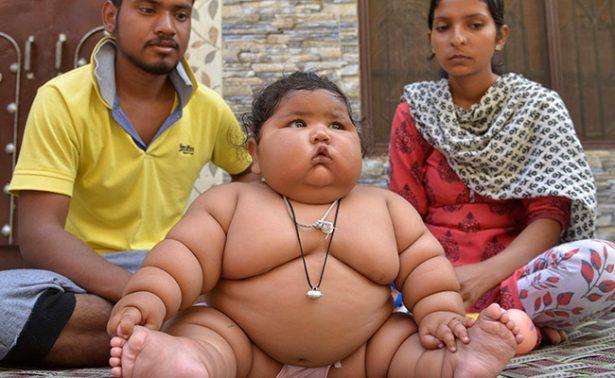 Conoce a Chahat, la bebé de ocho meses que pesa 17 kilos