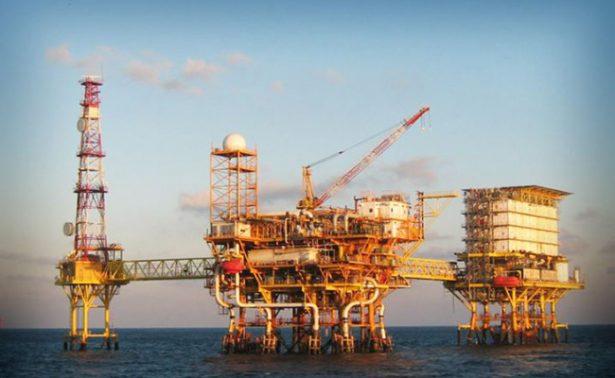 Pemex moderniza su campo petrolero Cantarell, Campeche