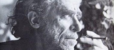 """El escritor Charles Bukowski, el último de los """"poetas malditos"""""""
