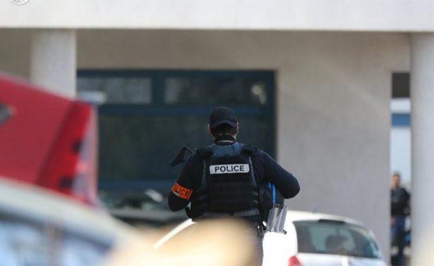 Detienen a presunto cómplice de tiroteo en liceo francés