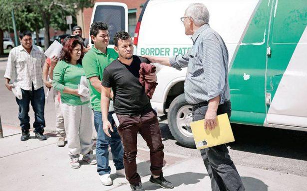 El próspero negocio de la migración ilegal en Texas