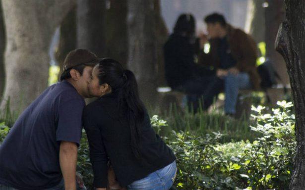 Parejas podrán tener relaciones sexuales en calles de Guadalajara