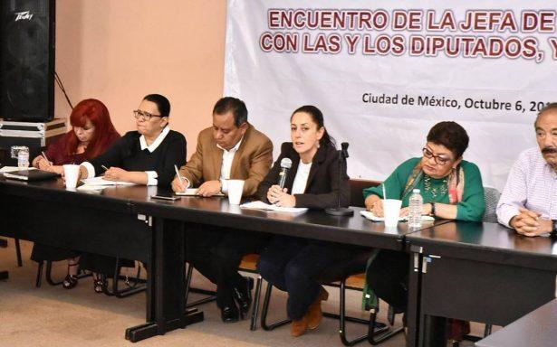Sheinbaum dialoga con alcaldes de Morena sobre corrupción y austeridad en la CDMX