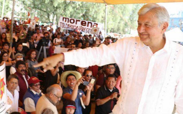 INE rechaza suspender spots de López Obrador en redes sociales