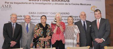 Cristina Barros reconocida por su amplia trayectoria en la investigación de la cocina mexicana