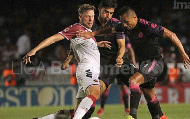 Chivas vence a Veracruz de visitante y deja el fondo de la tabla