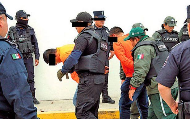 Vinculan a proceso a tres jefes policiacos de Javier Duarte por la desaparición de 16 personas