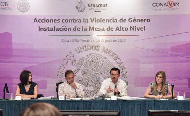 Osorio Chong refrenda compromiso para proteger a niñas y mujeres