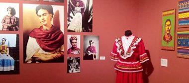 """México muestra moda, tradiciones y cultura con exposición """"Entretejido"""""""