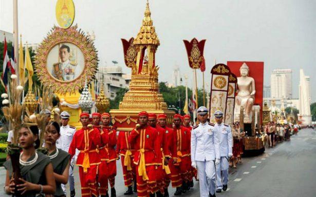 Niños rescatados de cueva en Tailandia se recluirán en templo budista
