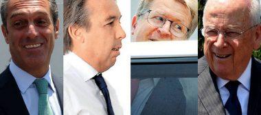 López Obrador fuma la pipa de la paz con empresarios