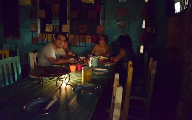 Restauranteros se unen contra la CFE
