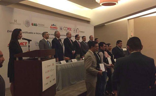 Concluye APAF certificación de  100 empresas del autotransporte