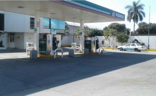 Gasolinas bajan un centavo su precio