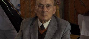 Hospitalizan al expresidente Luis Echeverría por neumonía
