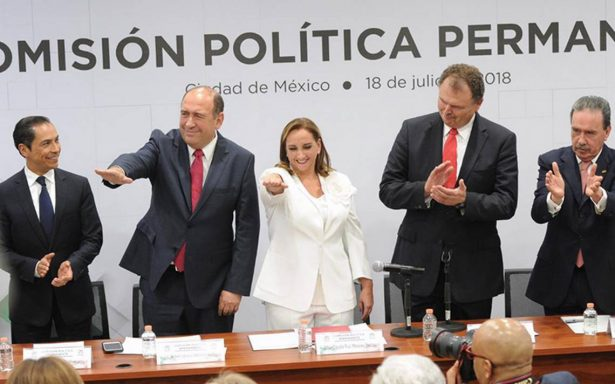 Claudia Ruiz Massieu toma protesta como líder nacional del PRI