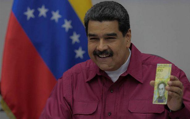 """Ante hiperinflación, Maduro lanza """"superbillete"""" de 100 mil bolívares"""