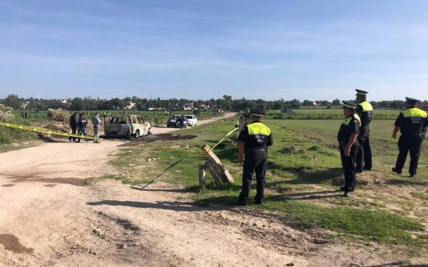 Encuentran cinco cuerpos al interior de una camioneta calcinada en el Estado de México