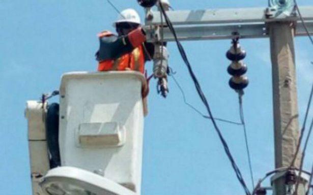 Después de 7 horas, restablecen energía en Nuevo León