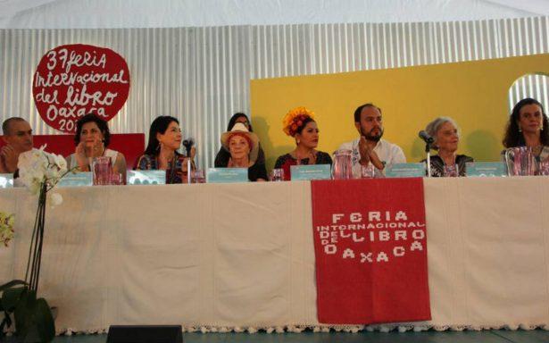 Inicia la 37 Feria Internacional del Libro de Oaxaca con homenaje a Elena Poniatowska